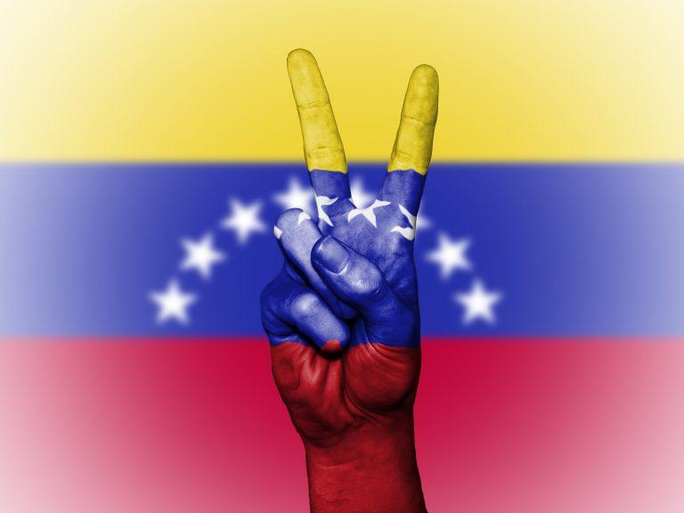 ¿Cómo es la vida de un minero criptográfico en Venezuela?