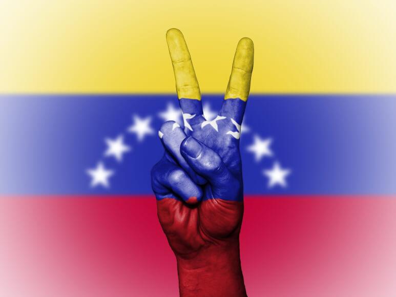 """Congreso Venezolano Declara que """"Petro"""" es Ilegal"""