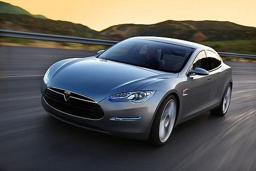 Tesla víctima de hackers. Usan sus sistemas para minar criptomonedas