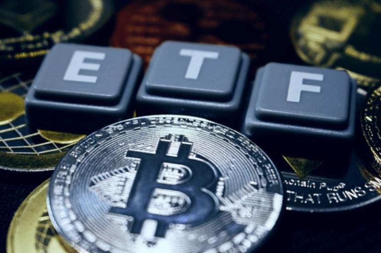 Bitcoin se mantiene por encima de los 60.000 dólares ante el inminente lanzamiento de su primer ETF