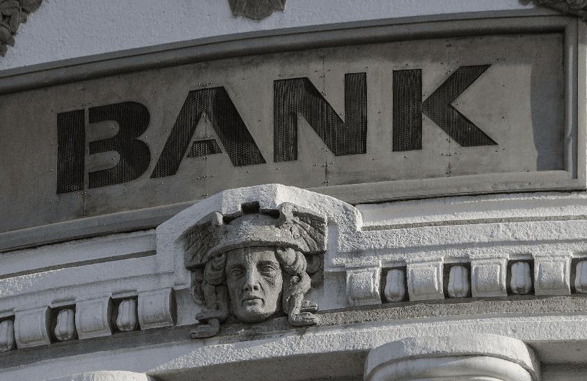 Adaptarse o morir: los bancos terminarán impulsando a las criptomonedas