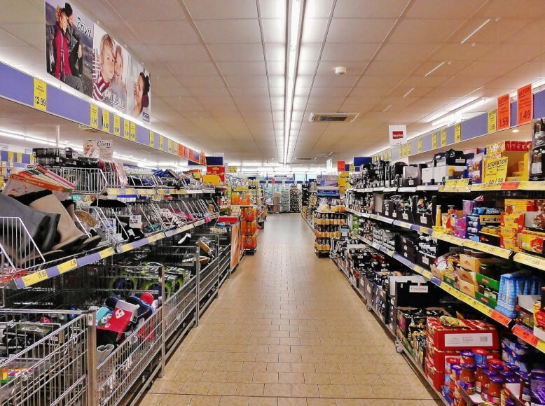 imagen del pasillo de un supermercado