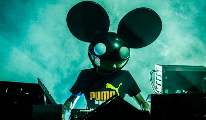 Imagen de Deadmau5 creando música