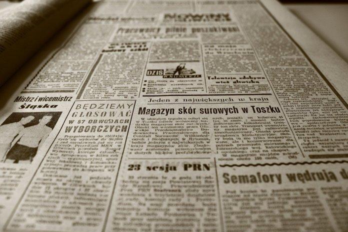 hoja de periódico